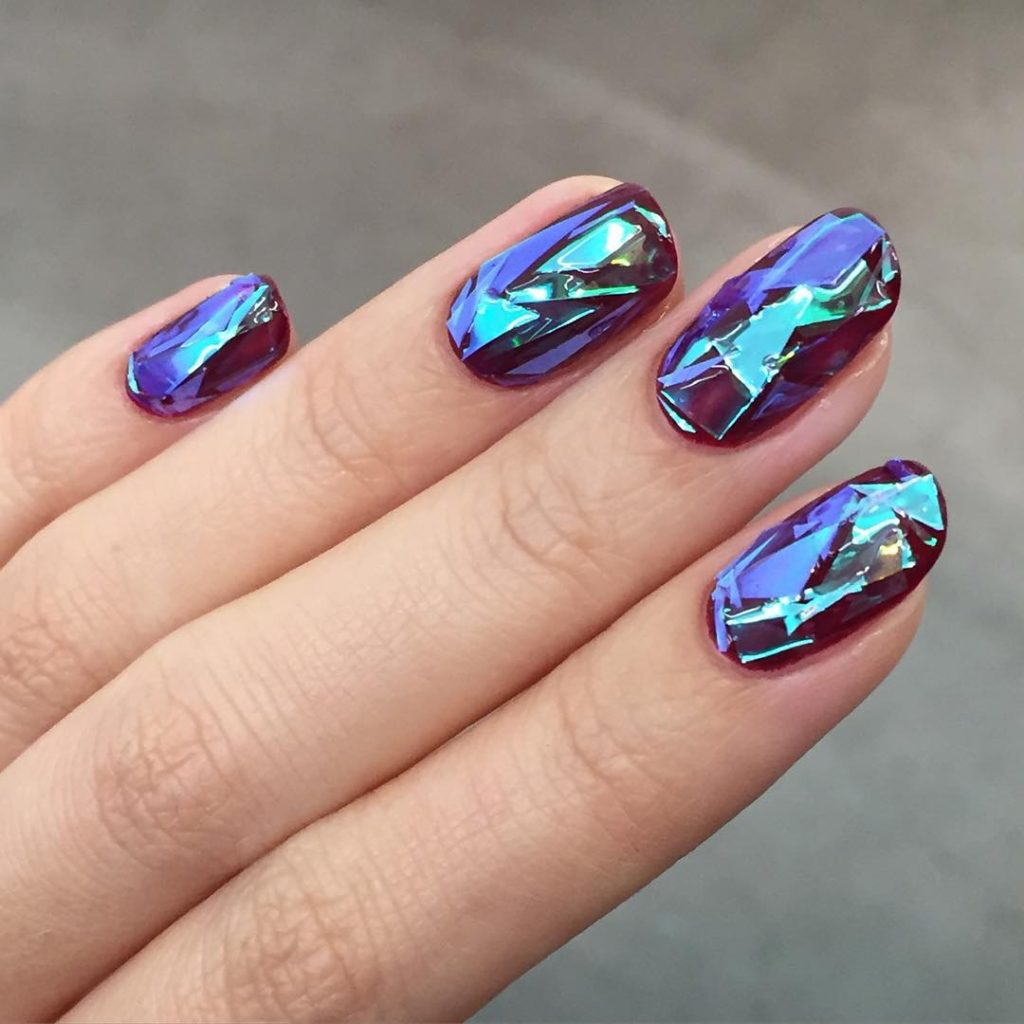 #ManiMonday: Broken Glass Nails